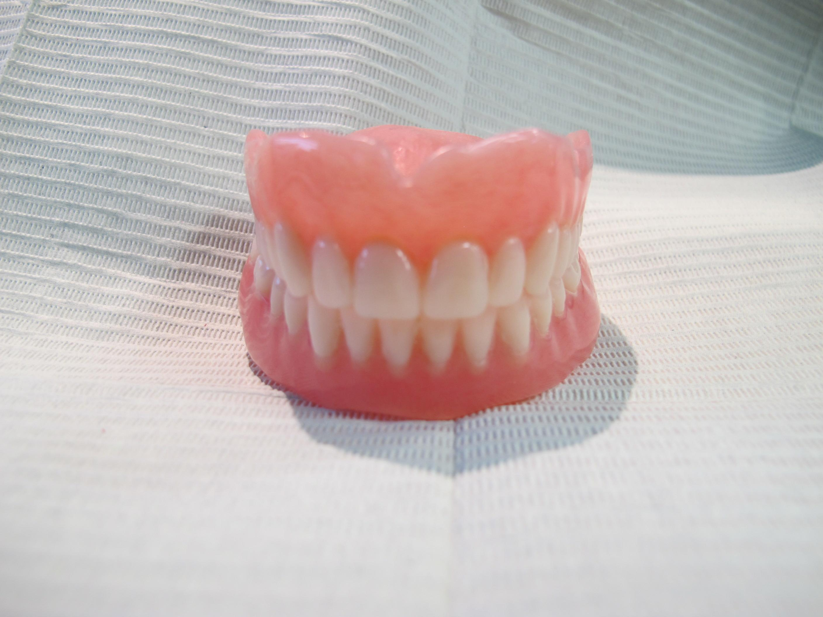 complete dentures windsor ontario